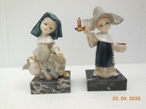 Simonetti Depose Italy ~ 2 x Nun Figurines on Marble Bases ~ Spider Marks