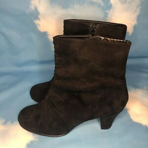Aerosoles Good Role Black Ruched Faux Suede Fabric Ankle Booties Womens Size 10