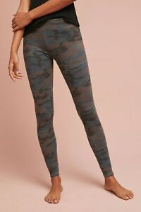 Sundry Women's Camo Yoga Pant in Charcoal Multi Size 4/XLARGE *FLAW*