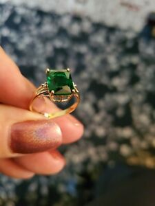 2.50 CT RUSSIAN EMERALD & ( 2PCS) DIAMOND 10KT SOLID YELLOW GOLD RING SIZE 7