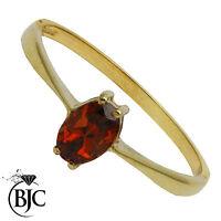 BJC 9 ct Oro amarillo Granate 0,50 Ovalado Solitario Banda anillo talla N R137