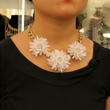 Collier Trois Fleurs Blanche Mignonne  Moderne Original  Mariage Cadeau QT 4