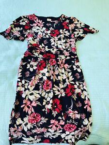 leona edmiston 12 dress. Knee Length. Butterfly Sleeve. Floral