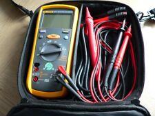 Fluke 1577 Isolationsmessgerät und Multimeter mit Fluke-Gerätetasche