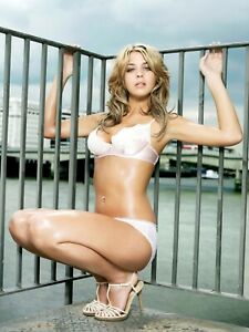 Gemma Atkinson  photo 12 to choose from