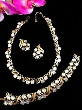 1950'S CROWN TRIFARI LILY OF THE VALLEY GLASS NECKLACE BRACELET EARRINGS PARURE