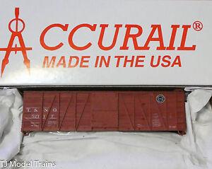 Accurail HO #4118 (Rd #52117) SP/T&NO 36' Single Sheath Wood Box (Plastic Kit)