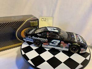 1:24 Dale Earnhardt #3 GOODWRENCH / OREO 2001 ELITE DieCast NASCAR