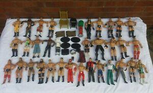 WWE WRESTLERS X32 & ACCESSORIES BUNDLE VGC