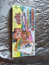Smokey Bear - Prevent Wildfires, Minnesota Twins Baseball Postcard Booklet 12+