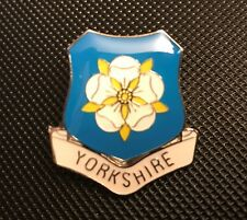 YORKSHIRE ROSE ENAMEL PIN BADGE GIFT WAR OF THE ROSES (PB21) BIGGER THAN OTHERS
