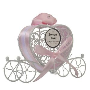 Love Cut Hollow Carriage Favors Gifts Candy Boxes With Ribbon Wedding Party Box