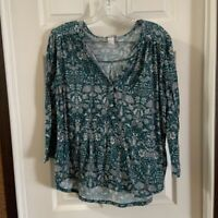 H&M Women's Teal/White Floral Print V Neck 3/4 sleeve top size M