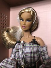 French Kiss Vanessa Perrin Dressed Doll W Club Exclusive NRFB Fashion Royalty