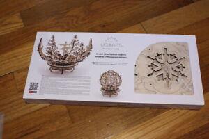 UGEARS Wooden MECHANICAL 3D FLOWER MODEL Building Kit NEW