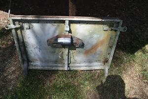 Vintage Land Rover series 1,   109.  Tailgate