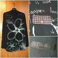DESIGUAL YES !! Women's shirt, long sleeve. Black, print with letters. Size M