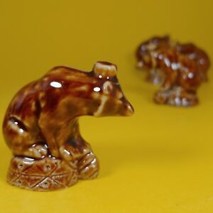 Wade Whimsies (1978/79) Tom Smith - Set #3 Circus Series - Red Bear