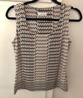 Calvin Klein Sleeveless Tan & Black Printed Blouse Top Sz S (C1)