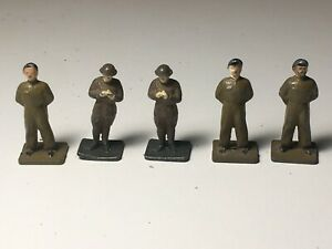 DINKY VINTAGE ARMY PERSONNEL.