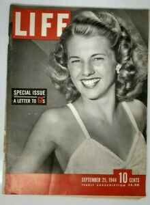 SEPTEMBER 25 1944 Life Magazine SPECIAL ISSUE WWII LETTERS TO GI'S - VERY GOOD