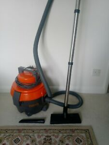 Vax Dry V-100T Powerful Tub Vacuum Hoover Excellent Condition