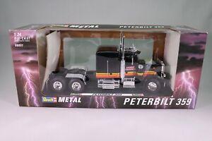 LE213 REVELL 08891 Camion 1/24 1:24 Tracteur Peterbilt 359 Carry Transit noir