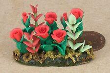 SCALA 1:12 Rose Rosse in terra in Miniatura Casa Delle Bambole Accessorio Letto FLOWER GARDEN
