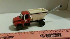 1/64 ERTL custom farm toy fs prostar farm service bulk fertilizer delivery truck