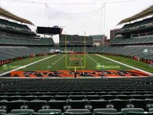 2 Tickets LOWER LEVEL Cincinnati Bengals Cleveland Browns Sect 154 Row 35 OCT 25