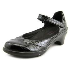 Low (3/4 in. to 1 1/2 in.) Mary Janes Casual Heels for Women