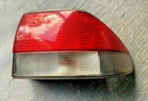 99-02 SAAB 9-3 CONVERTIBLE  TAILLIGHT RIGHT SIDE 4831103 OEM