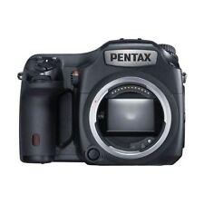 Near Mint! Pentax 645Z 51MP Medium format Body Only - 1 year warranty