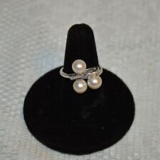 Vintage 14K White Gold and Three Pearl Ring with Diamond Accents Size 7.25