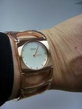 M&M Germany Uhr Damenuhr M11903-992 HALFMOON rosé Gold dekorativ Schmuckband