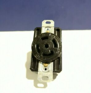 PASS & SEYMOUR NEW TURNLOK 4-Pole 5-Wire L2130-R 30A L21-30 RECEPTACLE NEW