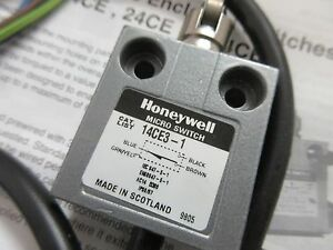 14CE3-1 Honeywell Cross Roller Plunger limit switch, 5A, 240V, 11.8N, NEW BOXED!