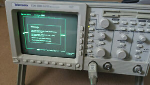 Tektronix TDS-380 400MHz 2Gs/s 2 channel oscilloscope with option 14, probes