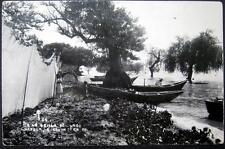 MEXICO~1940's CHAPALA Guadalajara ~ FISHERMAN ~ FISHING NETS ~ LITTLE GIRL ~RPPC