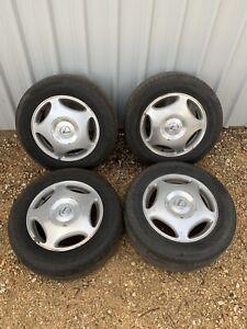 "Set 4 OEM Lexus LS400 16"" Alloy Wheels With Tyres 1998-2000"