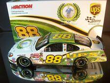 Dale Jarrett #88 UPS Arnold Palmer Tribute 2004 Ford Taurus 1 of 6,024 1:24