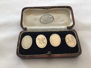 BOXED PAIR OF MATCHING MONOGRAMMED 9ct GOLD ON SILVER CUFF LINKS