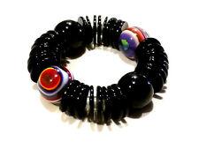 Bijou bracelet boules lucites multicolores et donuts sur élastique bangle