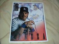 MIKE PIAZZA DODGERS 1998 DONRUSS BASEBALL STUDIO PORTRAIT 8 X 10 CARD #9