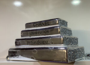Crushed Crystal Diamond Bling Silver Stack Of Books Ornament Shelf Sitter NEW✨