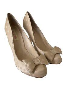 Alannah Hill Champagne Gold Polka Dot Heels Size 9