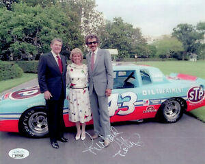 RICHARD PETTY HAND SIGNED 8x10 COLOR PHOTO     WITH RONALD REAGAN+43 CAR    JSA