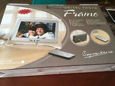 "Signature Digital Photo Frame 7"" with 2 GB sd card"