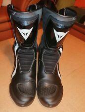 Motorradstiefel Stiefel von Dainese schwarz Gr 42 schwarz weiß