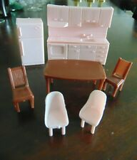 New Listing💥� Vintage Pink Plastic Miniature Dollhouse Kitchen Furniture w/ Table Chairs